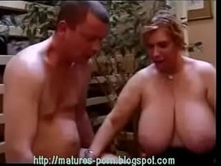Plumper granny ass fucking 3some