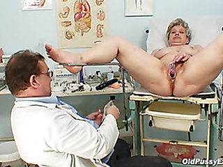 Chesty grandmother Ruzena visits gyno fetish clinic