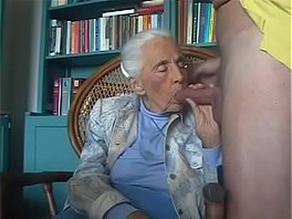 92-years old granny sucking grandson cock.FLV