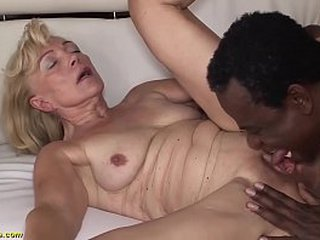 scorching granny enjoys her very first bbc pornography