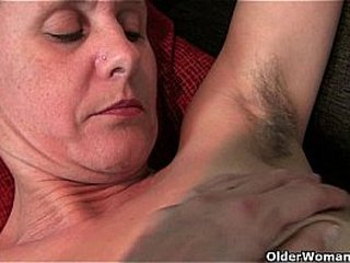 Granny with fur covered cunt and armpits needs ease