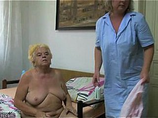 Mature chick using faux-cock on chubby granny