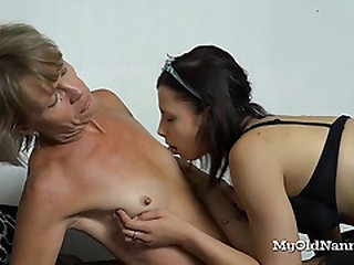 Teen Decided to Help Her Lezzie Granny